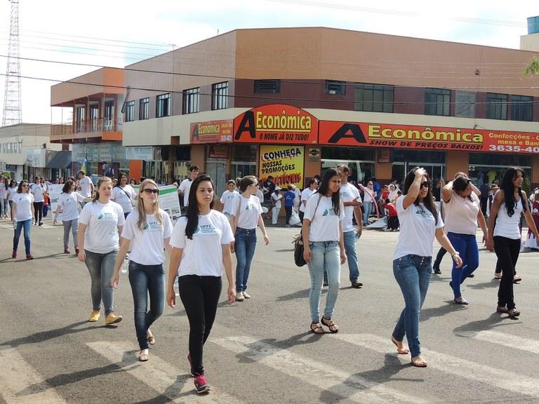 01-12-2014 - Desfile.jpg