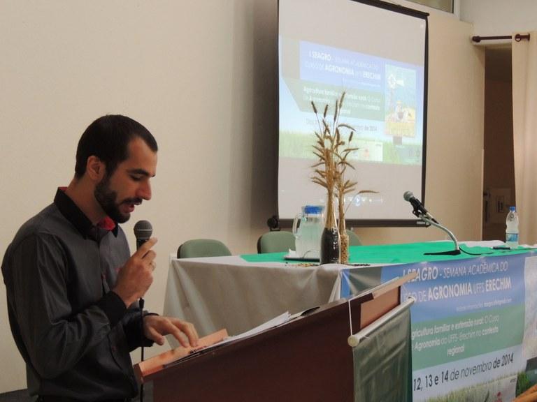 11-11-2014 - Semana acadêmica2.jpg