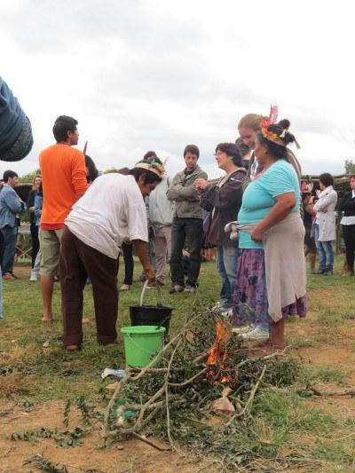 13-05-2013 - Indígenas2.jpg
