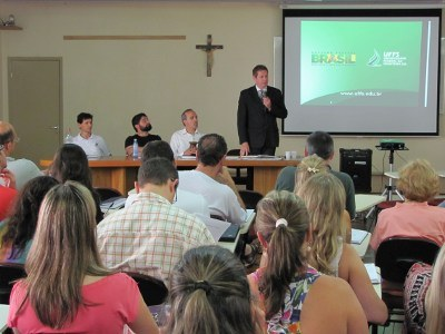 27-02-2012 - Servidores.jpg