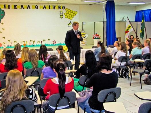 05-11-2010 - Semana do Magistério.jpg