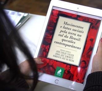 """Capa do novo ebook da Editora UFFS com o texto de apoio """"Movimentos e lutas sociais pela terra no sul do Brasil: questões contemporâneas """""""