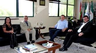 UFFS e prefeitura firmam acordo para finalização da UBS Esplanada